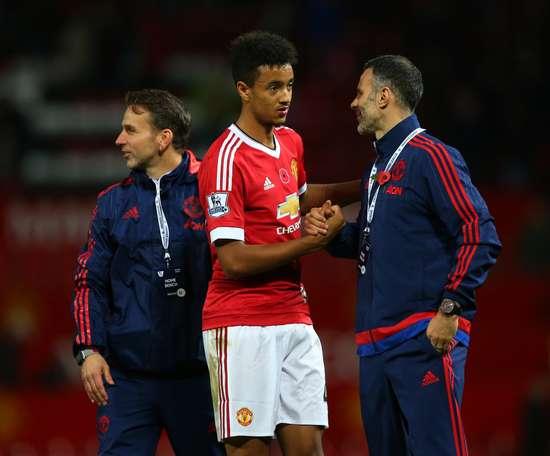 Cameron Borthwick-Jackson has left Manchester United on loan to Scunthorpe. ManUtd