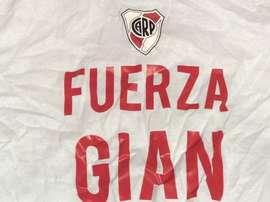 Gian Simeone recibió el apoyo de sus compañeros de equipo. Twitter/GianSimeone
