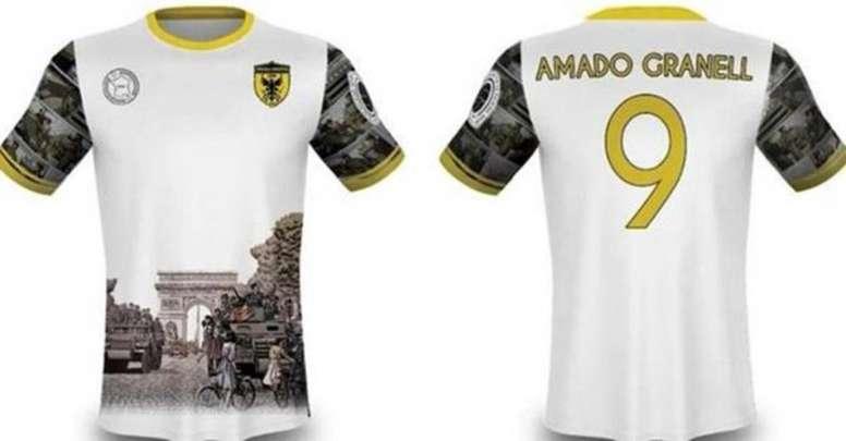 La camiseta-homenaje del Orihuela Deportiva a 'La Nueve'. CFPOrihuelaDva