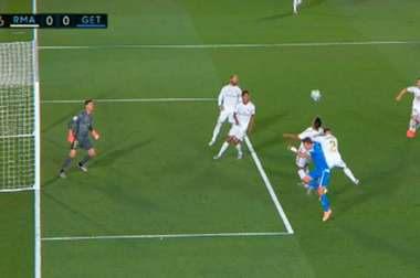 Getafe wanted two penalties after fouls from Carvajal. Capturas/MovistarLaLiga
