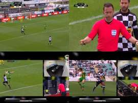 The referee surprisingly did not give a penalty to Boavista. LigaPortuguesadeFutbolProfesional