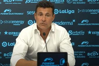 Amadeo Salvo mostró su satisfacción con el equipo. Youtube/UDIbiza