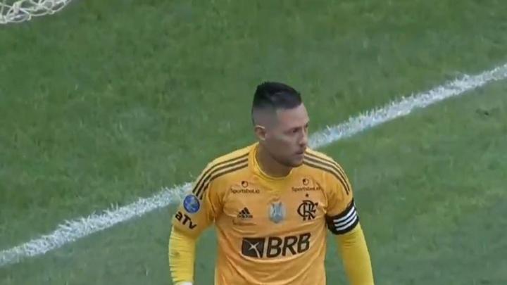 Todos os pênaltis defendidos pelo goleiro brasileiro. Captura/SporTV
