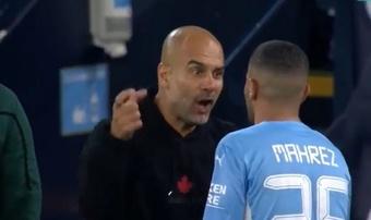 Guardiola echó la bronca a Mahrez. Captura/MovistarLigadeCampeones