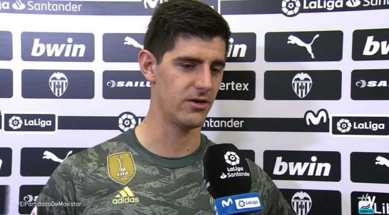 Courtois colaboró en el empate del Madrid. Captura/Movistar+