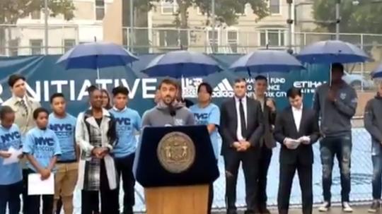 Villa mandó un mensaje conmovedor a los que luchan día a día. Captura/NYC