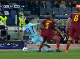 juan Jesus se jugó la roja por una patada a Messi. Captura/ESPN