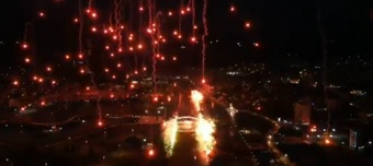 El Bursaspor celebró sus 58 años a base de fuegos artificiales. Captura/Teksas