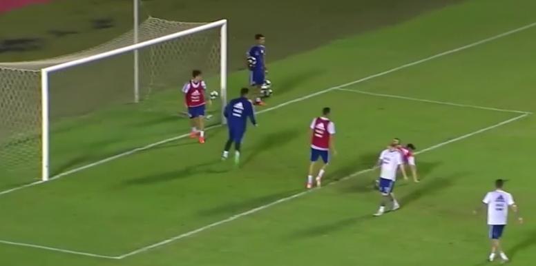 Messi não marcou e ficou chateado. Captura/TyCSports