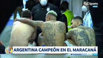 Messi, Neymar e Paredes chiacchierano fuori dagli spogliatoi. TyCSports
