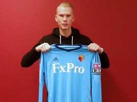 Watford a recruté la pépite suédoise et la prêté à son équipe d'origine. Watford