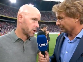 Ten Hag desveló el encontronazo con Van Bommel. Captura