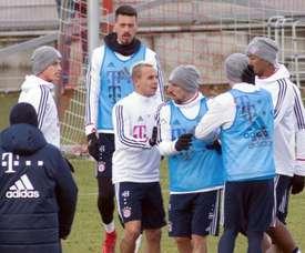 James e Rudy aqueceram o ambiente em treino do Bayern. Twitter