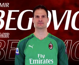 Officiel : Begovic remplace Reina à Milan. ACMilan