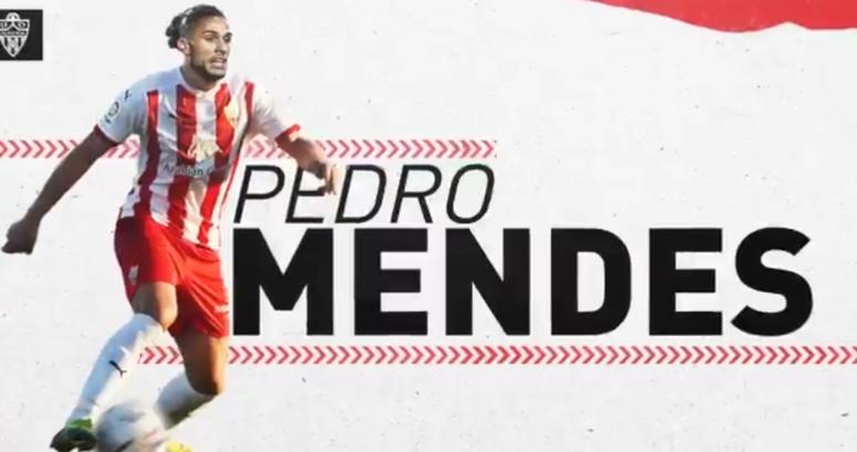 Pedro Mendes, al Almería. Twitter/U_D_Almeria