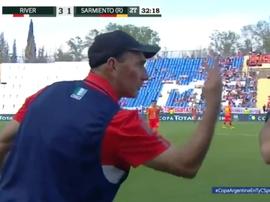 El técnico de Sarmiento de Resistencia se quejó del arbitraje. Captura