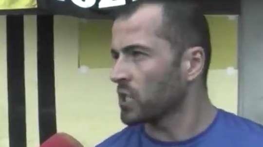 El entrenador del Manlleu 'rajó' del arbitraje. Twitter/ElPartidazoCOPE