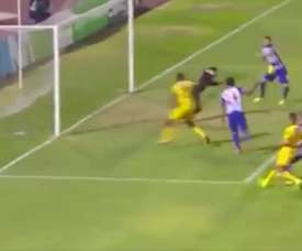 Gabriel Leyes se estrenó con gol en Alianza Lima. Twitter