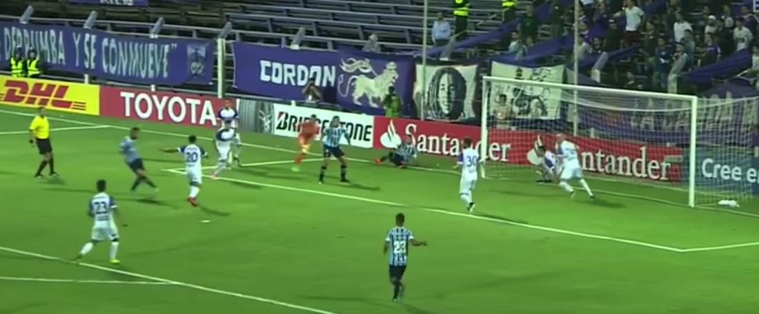 Gremio no paso del empate ante Defensor Sporting. Captura/Youtube