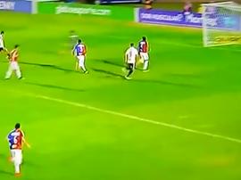 Nenê anotó un buen gol ante Paraná. Captura