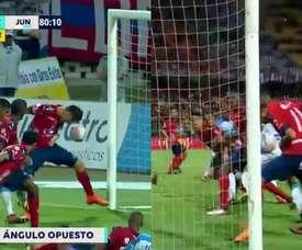 Mauricio Gómez falló un gol cantado. Captura/WINSports