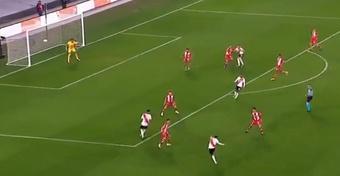 Gallardo alucinó con el golazo de Matías Suárez. Captura/ESPN
