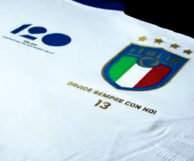 Italy will remember their former star when they face Argentina on Friday. Twitter/NazionaleItaliana