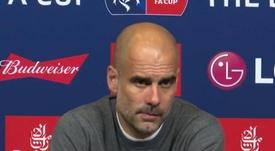 Guardiola se enfadó al ser preguntado sobre sobresueldos. Captura/LocoxelfutbolGT