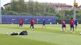 Ansu Fati was one of 13 Barca players in training. Captura/BarçaTV