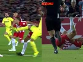 La dolorosa patada que sufrió el delantero del Almería. Captura/BeINSports