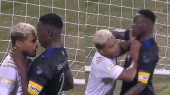 Wanyama y Josef Martínez llegaron a las manos en pleno partido. Twitter/SC_ESPN