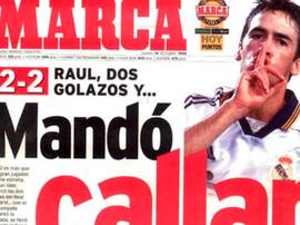 Raúl et une photo historique. Marca