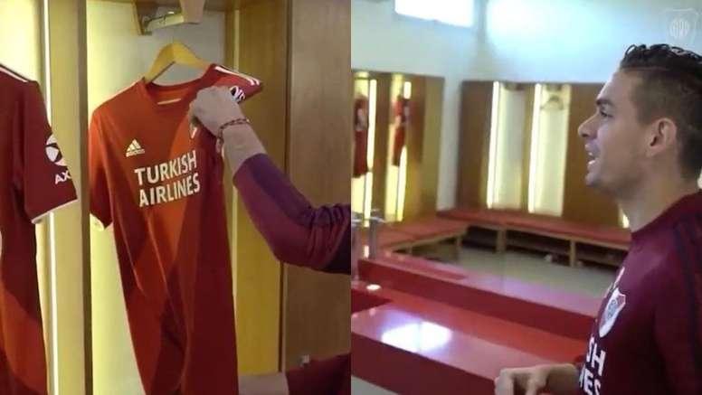 Borré, encantado con la nueva camiseta de River. Twitter/RiverPlate