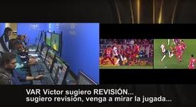 La CONMEBOL publica la conversación del VAR en el River-Cerro Porteño. Captura/CONMEBOL