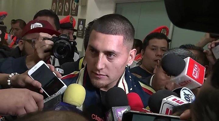 Nico Castillo calentó el duelo ante Pumas. Captura/FoxSports