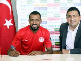 El centrocampista brasileño firma para las próximas tres temporadas. Antalyaspor