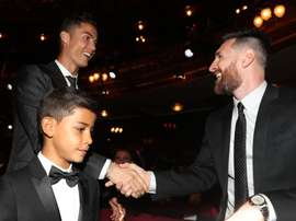 Mateu Lahoz enalteceu os jogadores pela relação com os filhos. ESPN