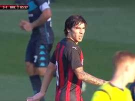 Tonali a fait ses débuts avec le Milan AC. Twitter/ACMilan