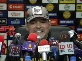 Maradona bromeó con el estado de forma de Angulo. Captura/ESPN