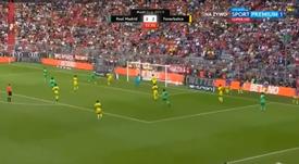 Benzema completed his hat-trick versus Fenerbahce. Captura/ESPN