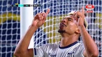 Valoyes hace justicia en La Bombonera y apuñala en el corazón a Boca. Captura/FoxSports