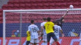 Colombia tuvo una doble ocasión para igualar el marcador. Twitch/Ibai