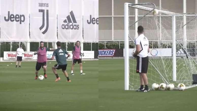 Higuaín quiere convencer a Sarri a base de golazos. Captura/JuventusFC