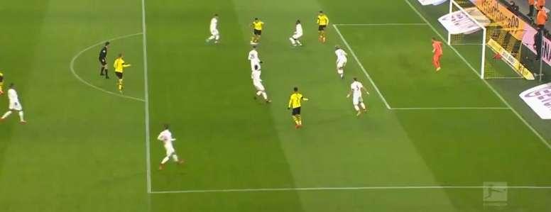 Guerreiro a eu besoin de 53 secondes pour ouvrir le score du Dortmund. Capture/Movistar