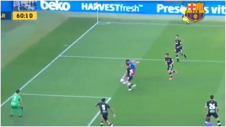 El Barça 2021-22 tuvo que esperar una hora para marcar su primer gol. Captura/BarçaTV