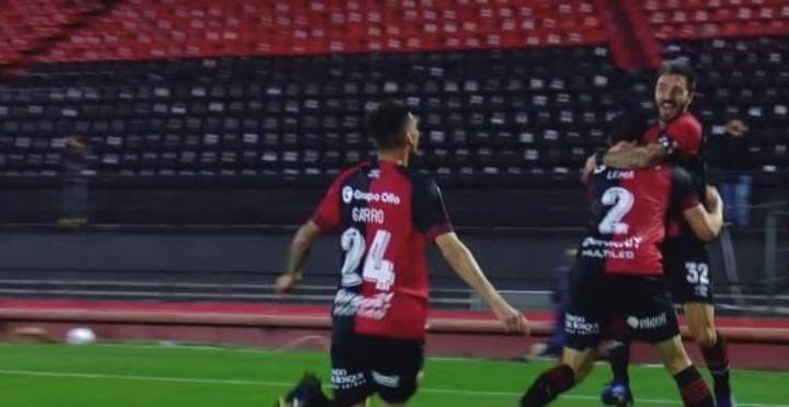 Newell's venció 1-0 a Platense. Captura/TNTSports