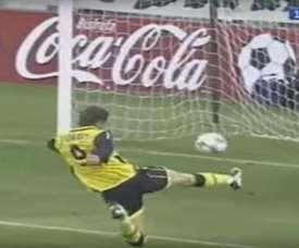 Torres se inventó un auténtico golazo ante el Betis. Captura