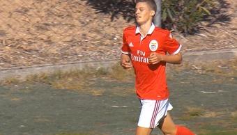 Joao Tomé renovó con el Benfica. Twitter/SLBenfica