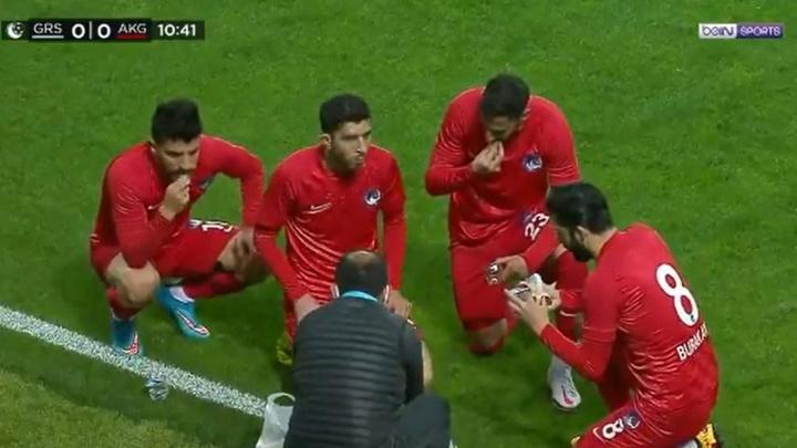 El Ramadán, compatible con el fútbol. Captura/beINSports