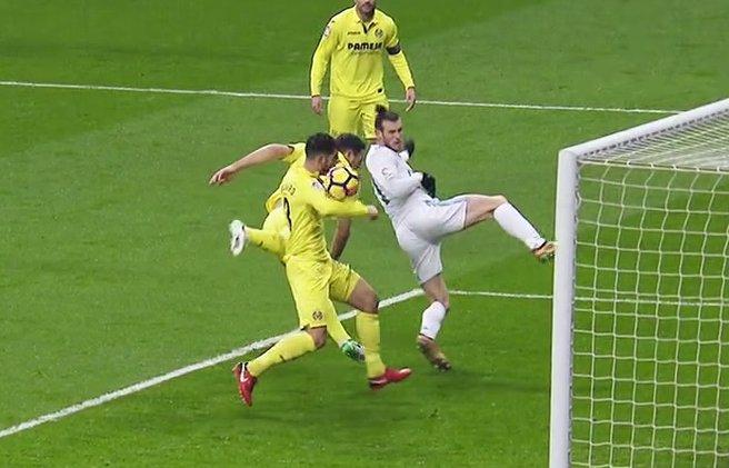 El Madrid pidió mano de Álvaro. Captura/beINSports